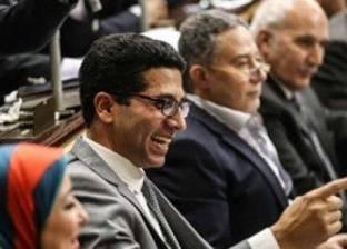 نواب بلجنة الصحة يطالبون بسحب الثقة من وزير الصحة بعد رفع أسعار الدواء