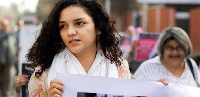 عاجل| حبس سناء سيف 6 أشهر لإدانتها بإهانة القضاء