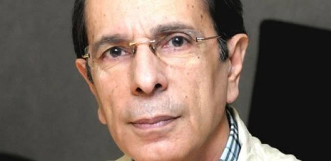 """""""ربعي المدهون"""" أول فلسطيني يفوز بجائزة البوكر للرواية"""