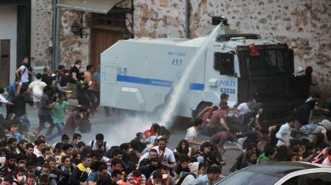 «انسحاب الشرطة» فى تركيا على طريقة «الانفلات الأمنى» فى مصر