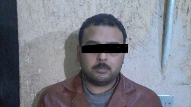 سمّاك بعد قتل زوجته بـ20 طعنة: