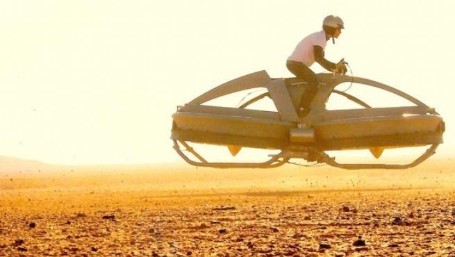 بالصور| الدراجة الطائرة من خيال الأفلام إلى أرض الواقع