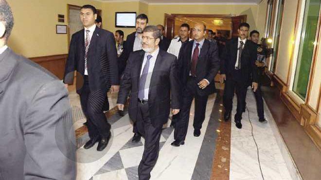 «الوطن» تنشر تفاصيل اللقاء المغلق بين «مرسى» والإعلاميين