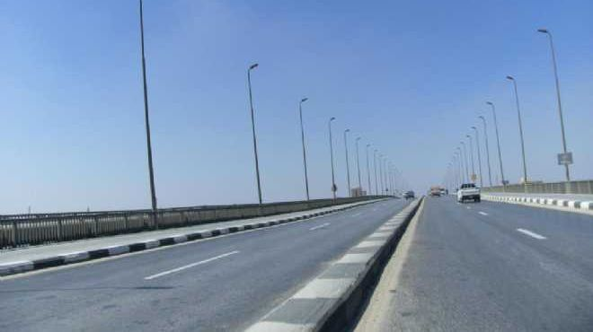 هبوط بالكوبري العلوي الواصل بين مدينة دمياط وقرية السنانية