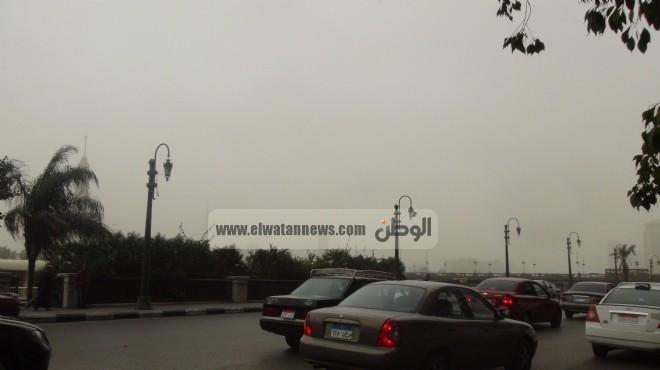 عواصف وأتربة تشل الطرق الرئيسية بين مصر وليبيا