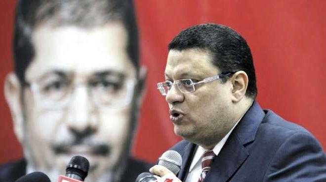صحفية تتقدم ببلاغ للنائب العام بدعوى زواجها من المتحدث باسم الرئاسة