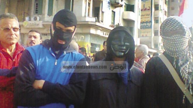 شريف الصرفى مؤسس «بلاك بلوك» لـ«الوطن»: لن تشعر حكومة الإخوان بالنوم.. والقادم أسوأ