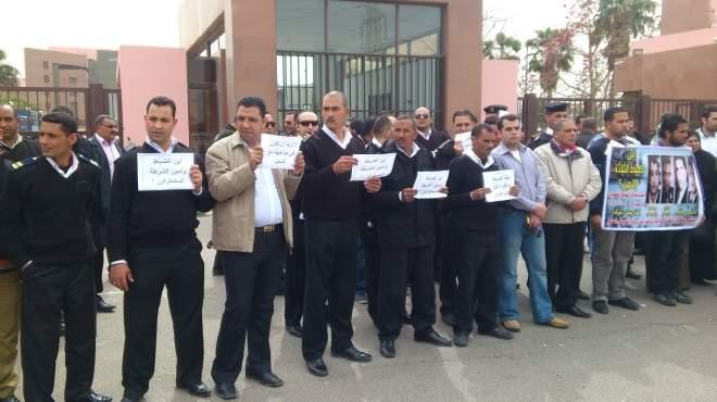 مصطفى بكرى يكتب: بعد استباحة القضاء.. خطة «الإخوان» لتفكيك الشرطة